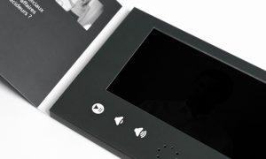 Intérieur d'une brochure vidéo Yanda