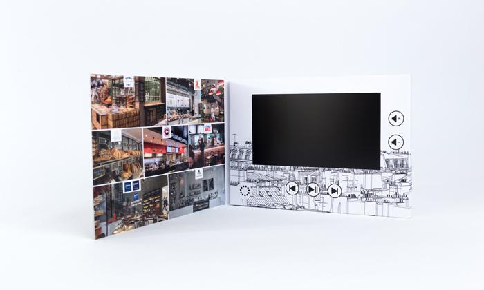 Petite brochure vidéo disponible en livraison rapide